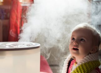 baby with humidifier